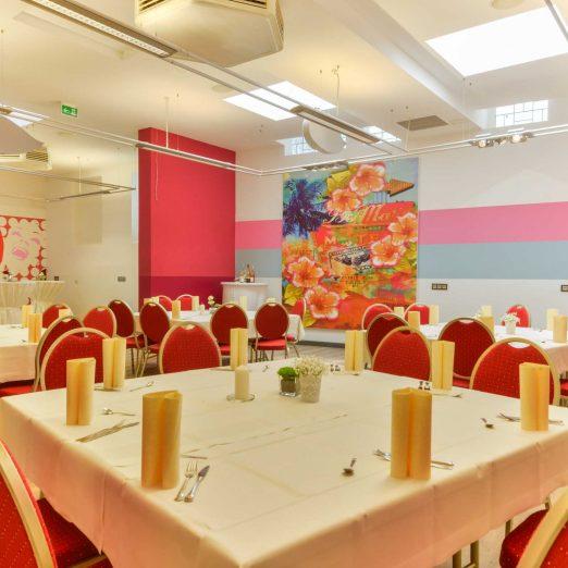Hotel Hessischer Hof Kirchhain - Gastraum Hochzeit